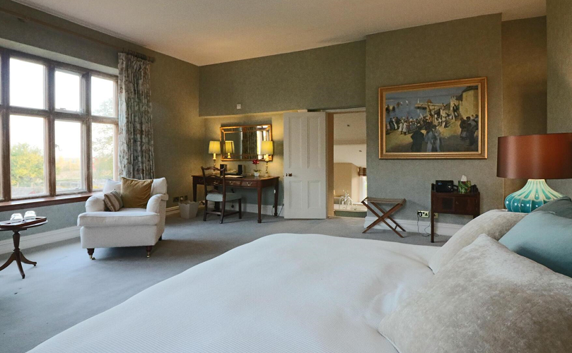 Our historic 5 star hotel near Bristol has luxury en-suite bedrooms
